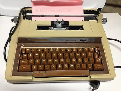 WORKING Smith Corona Super Sterling Portable Electric Typewriter w/Case