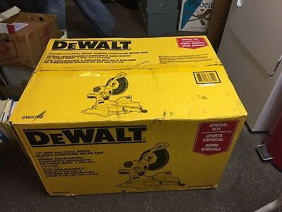 "DeWalt 12"" Dual Bevel Sliding Compound Miter Saw DWS709 Excellent Condition"