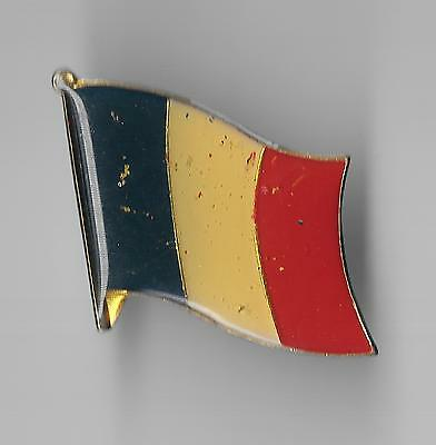 Vintage Flag of France old enamel pin