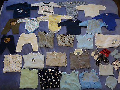 bulk lot 32 items of baby boy winter clothes size 000 0-3 months