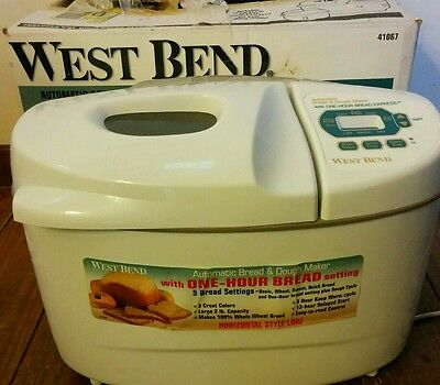 West Bend Automatic bread and dough maker machine 41067