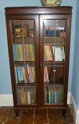 vintage locking bookcase display case leaded glass doors on legs collection only