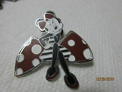 Disney Minnie Mouse from Disneyland Paris Pin polka dot bow