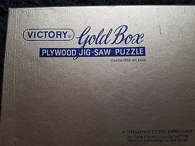 vintage viictory gold box  jigsaw puzzle