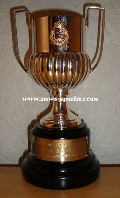 REAL MADRID SPANISH CUP - COPA DEL REY 2011 PLAYER SILVER TROPHY vs FC BARCELONA