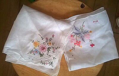 2 X Women's Vintage Floral Embroidered Handkerchiefs Good Condition