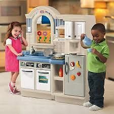 Little Tikes Kitchen - NEW