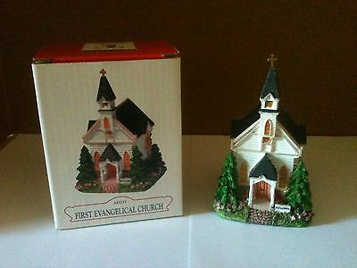 Liberty Falls First Evangelical Church Collectible Village Piece AH235