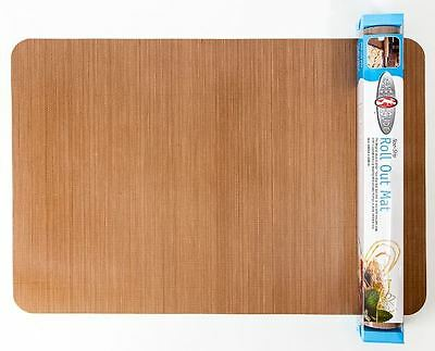 Non-slip non-stick roll-out mat by Bake-o-Glide