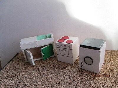 Lot Of Wooden Dolls House Furniture For The Kitchen   -  Good Used