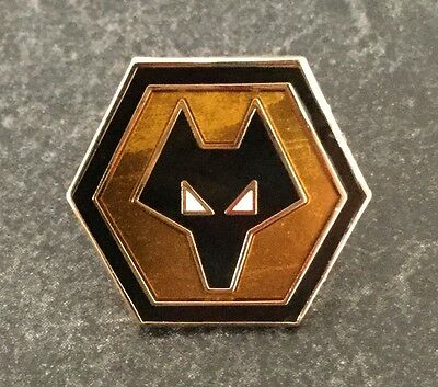 WOLVES CLASSIC 19mm GOLD ENAMEL PIN BADGE - VERY RARE
