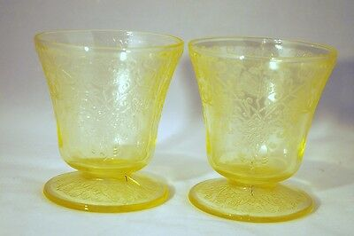2 Hazel Atlas Yellow Florentine #2 Poppy Footed Juice Tumblers