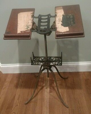 Vintage Ihling Bros. Folding Cast Iron Oak Bible Book Dictionary Music Stand