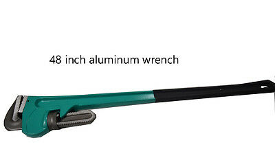 Large Aluminum Pipe Wrench Long Handle Plumbers Tool opening size 4.485''