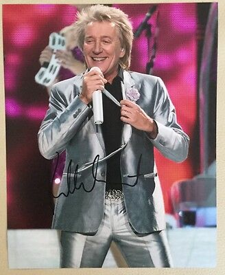 ROD STEWART Genuine Autographed Photograph. COA.