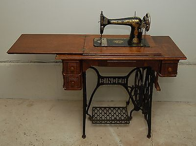 Antique 1914 SINGER Treadle Sewing Machine Shinx Model 127 WORKING
