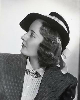 Barbara Stanwyck Hat Fashion  8X10 Photo 610