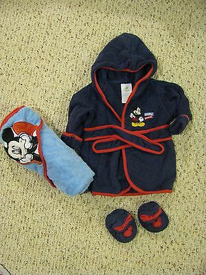 Mickey Mouse Bathrobe Booties And Hooded Towel Set Baby Size 0 to 9 Months