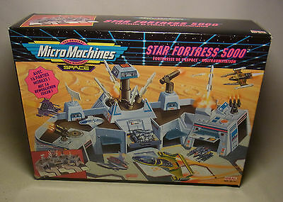 Vintage 90s Playset Spielwelt Micro Machines Space STAR FORTRESS 500 OVP 1993