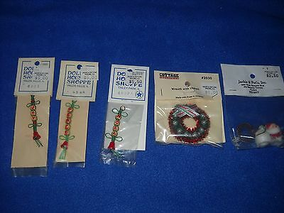 Christmas miniatures: wreath, electrified Santa, bell pull etc - 1:12 scale, NIB