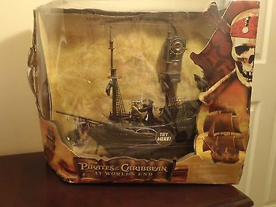 Disney Pirates Of The Caribbean At Worlds End Black Pearl Remote Control Pirate