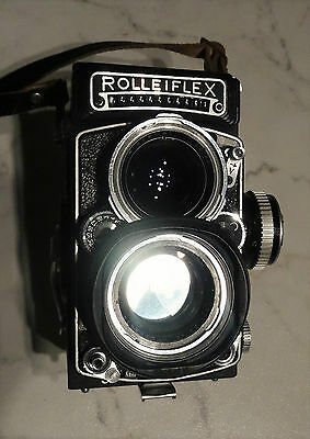 Rolleiflex 2.8 E with Carl Zeiss planar lens