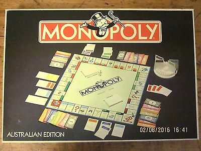 ~VINTAGE AUSTRALIAN MONOPOLY 1974 by PARKER BROTHERS - COMPLETE - VGC~