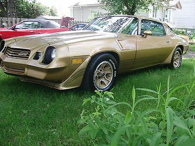 Chevrolet: Camaro Z28 1981 Z28 mint all original  350/4barrel  Loaded: COLD AC and Cruise Control.