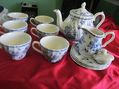 Churchill English Blue and White Unknown Set - Tea Pot 7 Cups 4 Plates Creamer