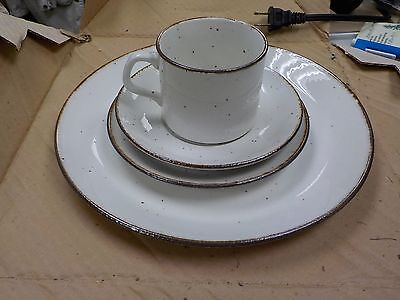 J & G Meakin LifeStyle Oven to Tableware 4 pc Place Settings LS-1 New in Box