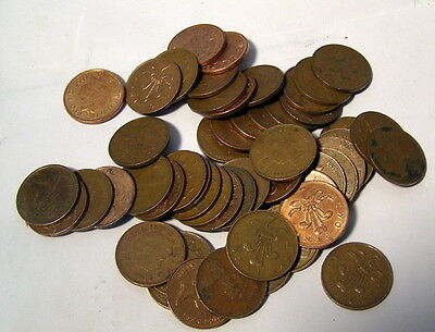 ** Lot of 100 -- Vintage LARGE CENT SIZE -- TWO PENCE COINS - unsorted **