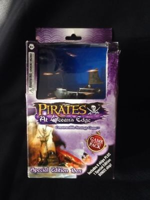 Wizkids - Pirates at Oceans Edge - Constructable Strategy Game - 2007 (G2)