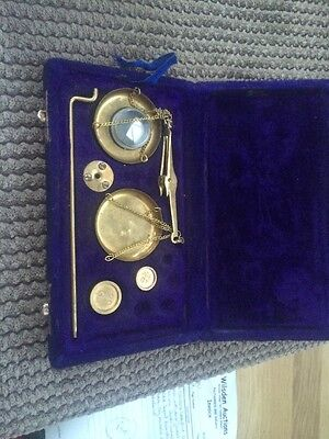 Vintage Gold Gram Brass Weighing Scales In Box