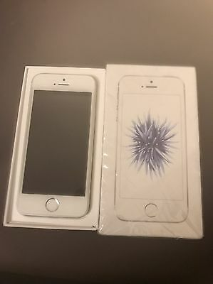 Apple iPhone SE (5se) 16gb Unlocked Silver
