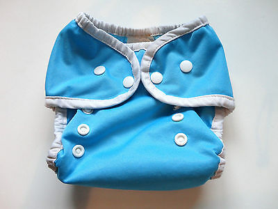 THIRSTIES {Size 1; 0-9 mo. 6-18 lbs.} Duo Wrap BLUE Snap Diaper Cover
