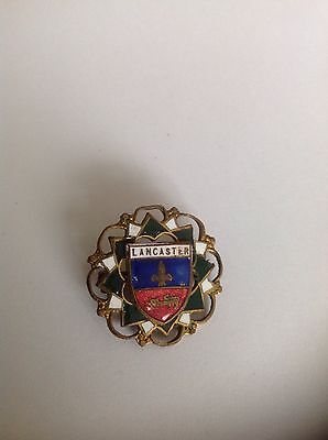 Lancaster, Lancashire Coat Of Arms Pin Badge.