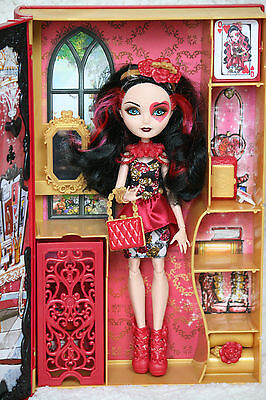 "Ever After High Puppe Lizzie Hearts ""Frühlingsfest"" Spring Unsprung doll"