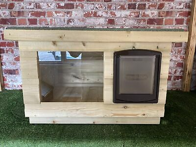 medium Outdoor Quality Wood Dog/Cat Kennel/ Shelter ~ Dog House box/ with window