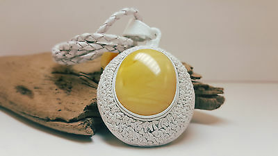 Necklace Natural Baltic Amber Stone 19,5g Butterscotch Real Leather White A-330