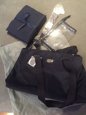 New Oroton Nappy Baby Bag in Navy $345 Change mat, Zip pocket, 2 Compartments