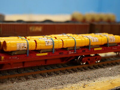 HO scale 40 foot plain flatrack container kit.