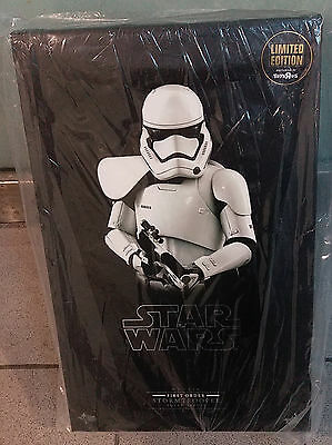 Hot Toys Toysrus Limited Edition Star Wars First Order Stormtrooper Squad Leader