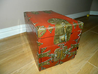Antique Chinese large red lacquered wooden jewellery box