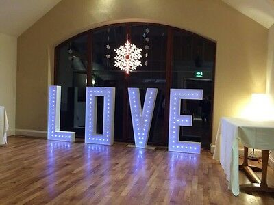 OFFER PRICE // Giant 4ft LOVE Letters BATTERY POWERED! No Wires!