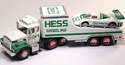 1988 Hess Gasoline Semi Truck w/Race Car Toy Friction & Lights
