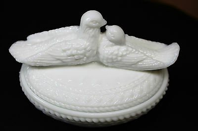 vintage Westmoreland Milk Glass Kissing Doves Birds Covered Candy Dish  1940's