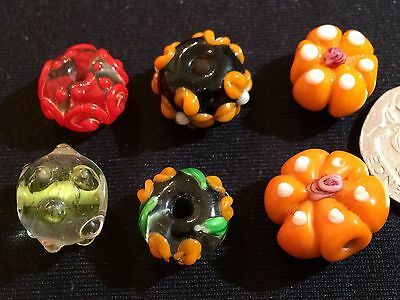 Vintage loose hand finished Venetian glass beads: Combined postage £1 only