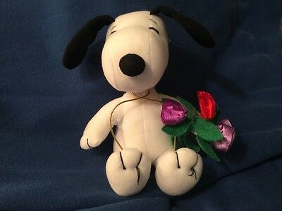 Stuffed snoopy with roses, Whitmans