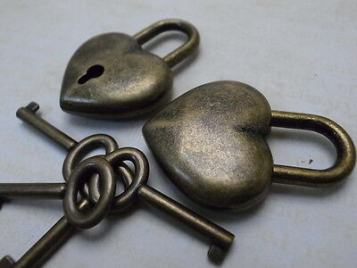 Old Antique Style Small  Padlock With Keys--Antique Bronze Color(Lot of 2)