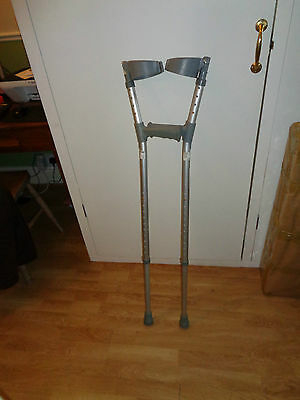 Lightweight Cooper elbow crutches